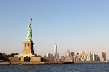 Imagen de ciudad de Nueva York cista desde la bahía