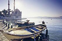 Imagen de barcas en Turquía
